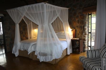 geigers-camp-bedroom
